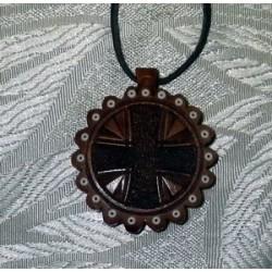 Крест дер.нательный резной на гайтане 5