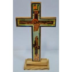 Крест распятье дер.на подставке