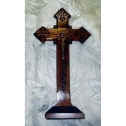 Крест распятье, дерево на подставке ромб 25см